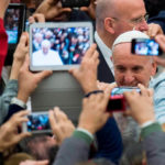 """Dia Mundial das Comunicações Sociais: """"Fake news e jornalismo de paz"""" – Três ideias sobre a mensagem do Papa"""