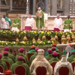 Sínodo 2018: Papa pede que jovens sejam ouvidos e quer Igreja ao seu lado