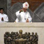Almada: D. José Ornelas sagrou novo altar da Igreja de Nossa Senhora da Assunção