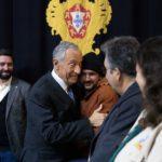 Sem Abrigo da Cáritas Diocesana de Setúbal entregaram Luz da Paz de Belém ao Presidente da República