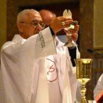 Natal: Vaticano permite que padres celebrem até quatro Missas