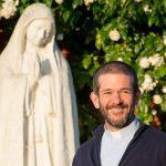 Fechados em casa: Três pequenas lições, com Maria, no Domingo das Vocações