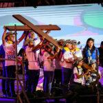 JMJ: Jovens portugueses recebem símbolos da Jornada Mundial da Juventude no Vaticano